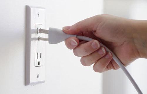 Phích cắm điện dùng nhiều trong mục đích
