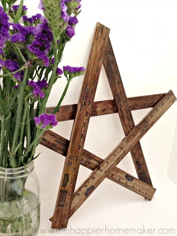 Yardstick Stars: These 50 Cheap & Easy Farmhouse Decor Ideas will help you save money and transform your space.