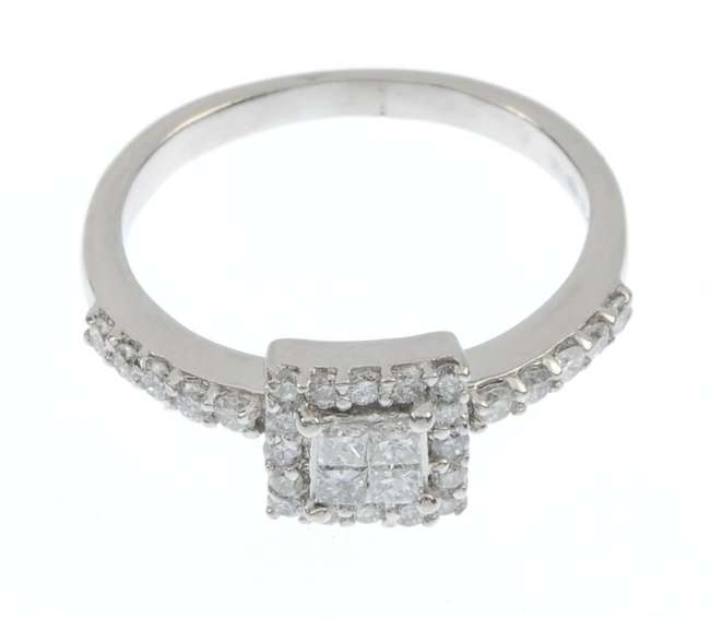A_platinum_diamond_ring._Fellows-1435-523-4.jpg