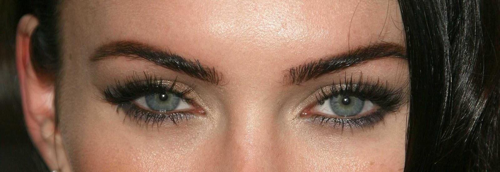 Megan Fox Case Eyelash Extension