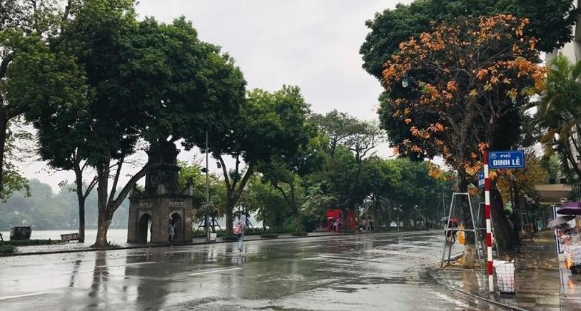 Mùa thu có gió lạnh và những cơn mưa giao mùa