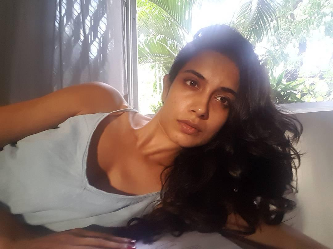 Sarah-Jane Dias, Channel V, Get Gorgeous, Miss World Pageant