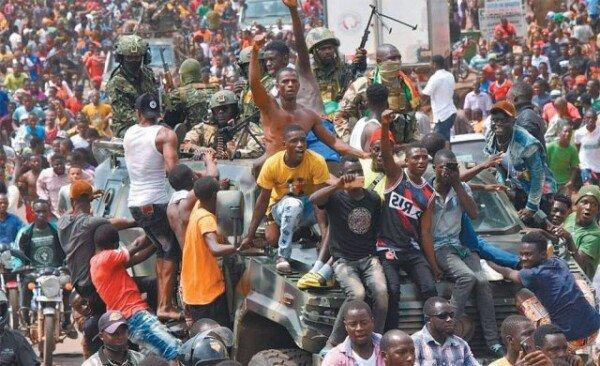 Coup d'etat in Guinea, West Africa... Citizens rejoice over long-running  president's detention - Newsdir3