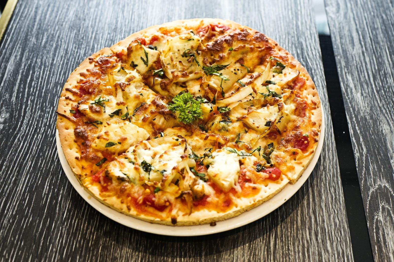 f-pizza-L1070421.jpg