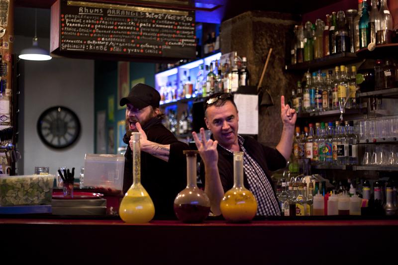 Nantes bar restaurant le labo cocktails béchers
