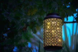 Garden lamp with yellow light