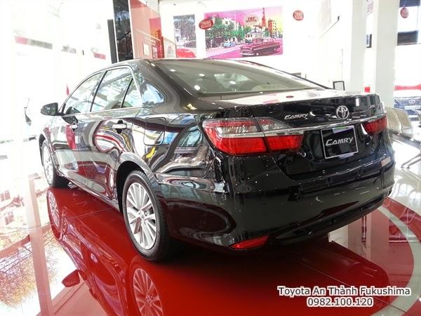 Khuyến Mãi Giá Xe Toyota Camry 2.5G 2015 1