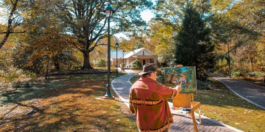 Man painting outside in Sandy Springs, GA