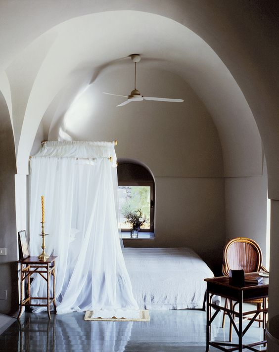 Moroccan Bedroom Arched Ceiling