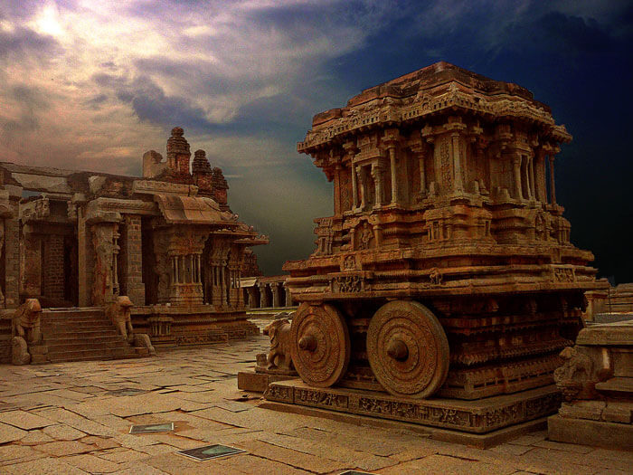 The historical monuments at Hampi are reminiscent of the Vijayanagar history