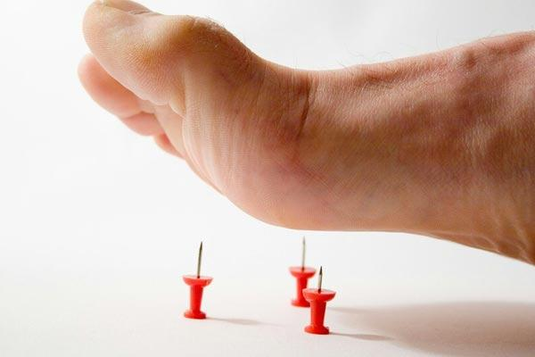Differences Between Paresthesia and Peripheral Neuropathy | | Chronic Body  Pain