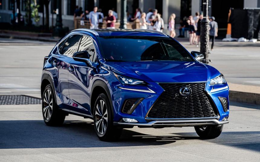 un suv de color azul Lexus NX autos con mejor rendimiento