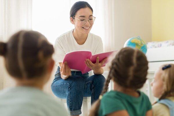 Yêu cầu để trở thành một giáo viên Montessori là gì?