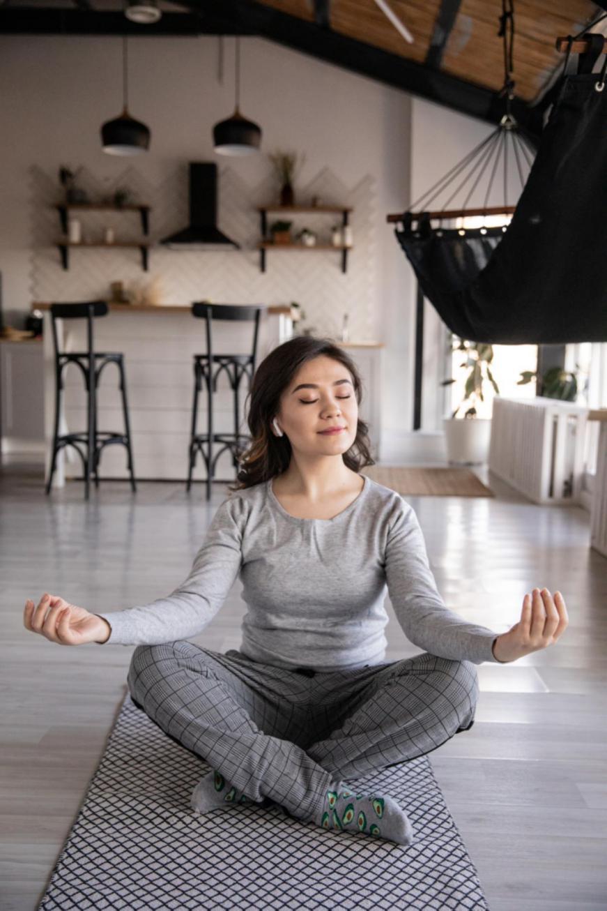 woman-practicing-yoga-4050218