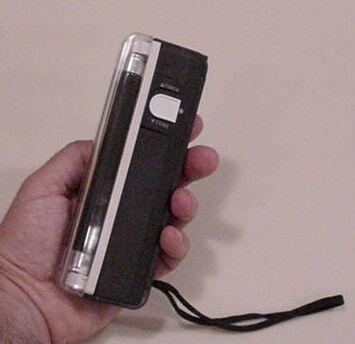 Blacklight, Portable blacklight