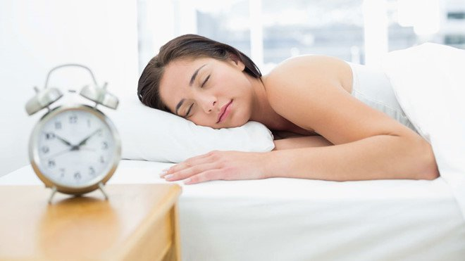 Ngâm chân bằng nước nóng trước khi đi ngủ đem lại hiệu quả bất ngờ