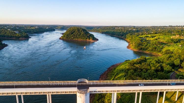 Ponte da Amizade - CDE | Vista por cima