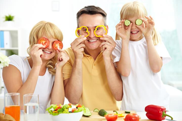 Healthy nutrition |  © PantherMedia / pressmaster