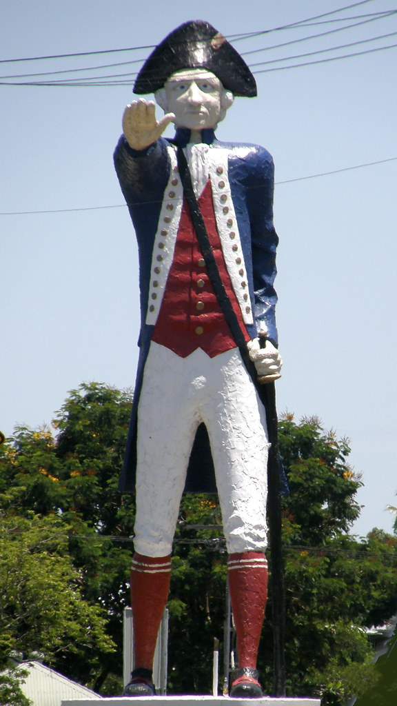 the big captain cook - a large statue representing captain James Cook