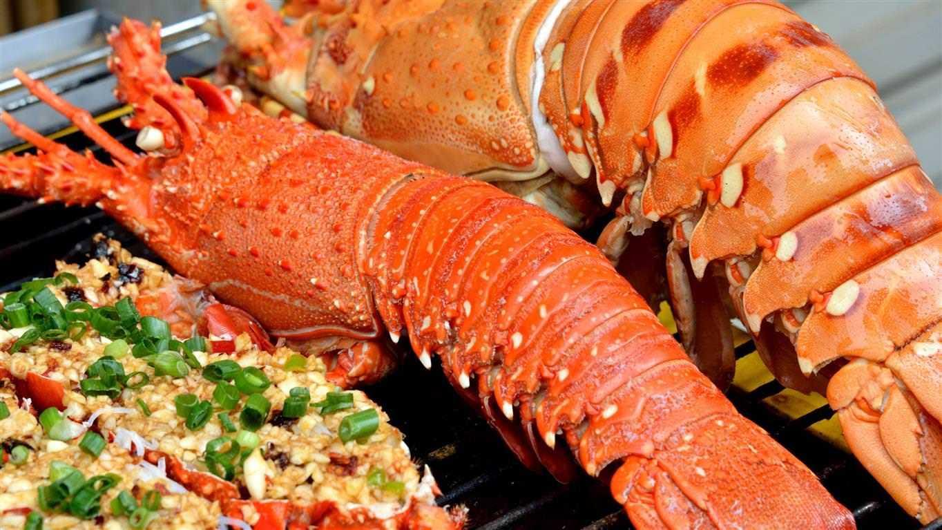 Buffet hải sản tôm hùm Tp.HCM cao cấp