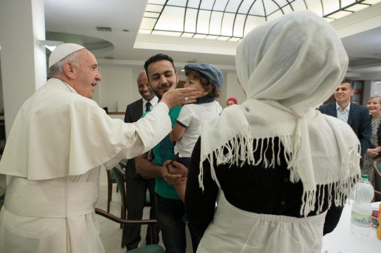 Bài giảng của Đức Thánh Cha trong Thánh Lễ cho người Di cư trong Quảng trường Thánh Phê-rô (TOÀN VĂN)