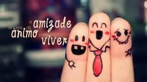 Faça boas amizades e se divirta.