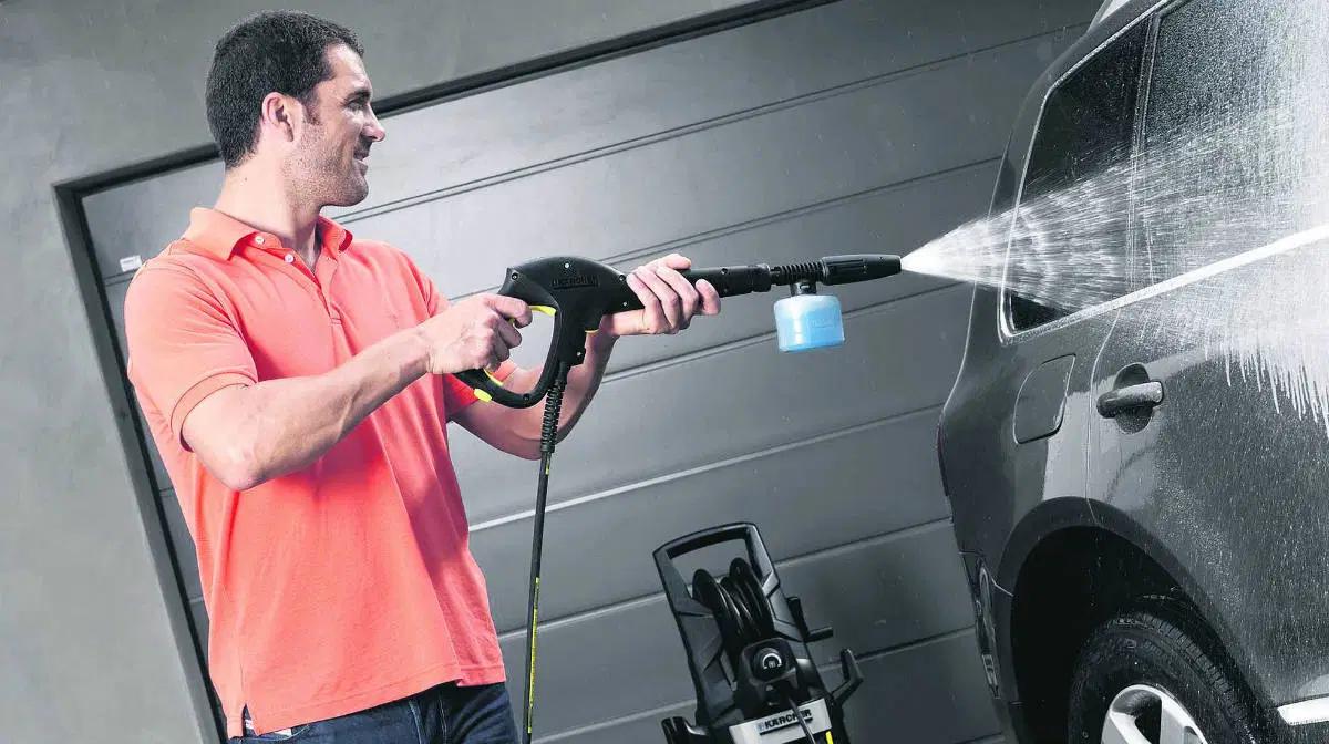 10 trucos para lavar tu auto como un profesional