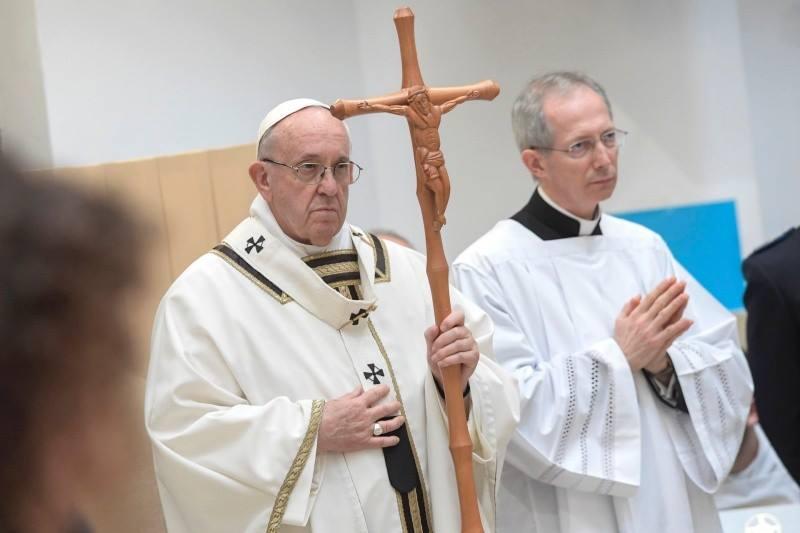 Đức Thánh Cha dâng Lễ Tiệc Ly trong nhà tù Regina Coeli