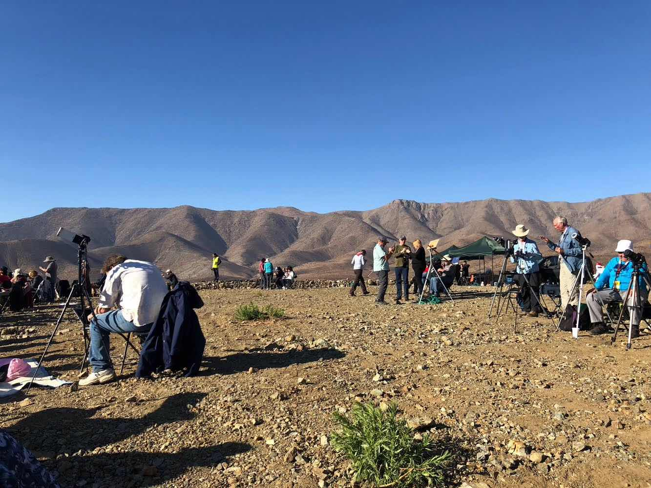 Some of the hopeful observers on our old mine platform eclipse viewing site (Source: Palmia Observatory)