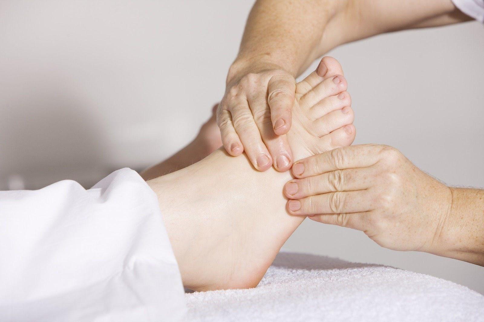 Отек на ногах может предупредить о сердечном приступе