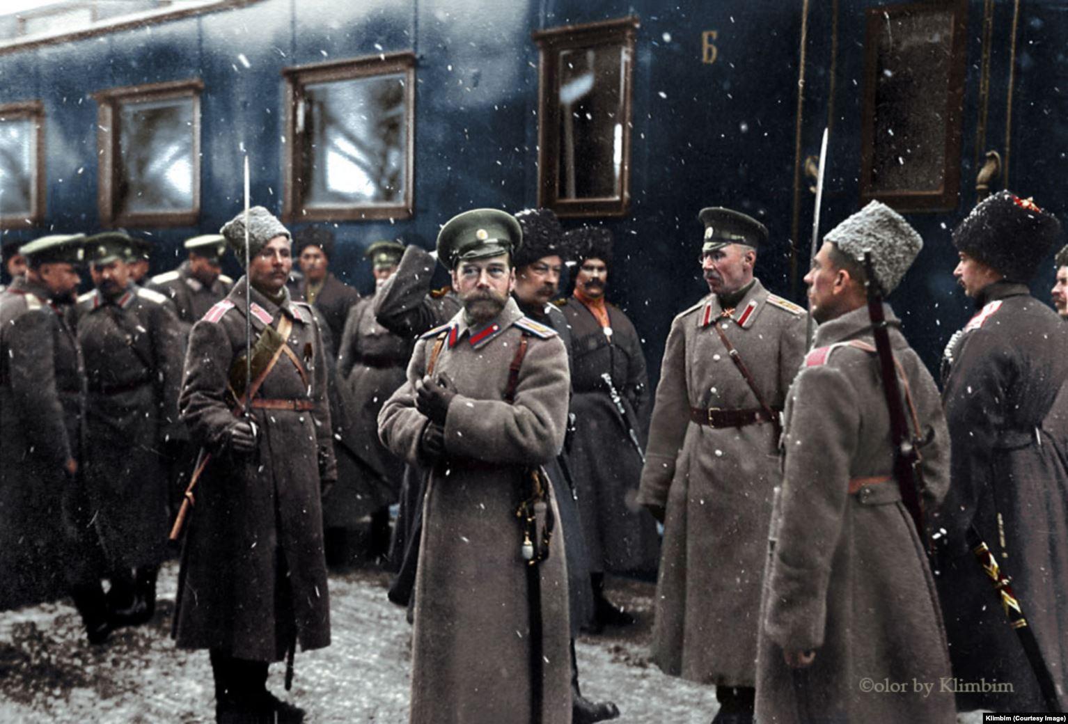 A 1916 image of Russian Tsar Nicholas II colorized by Shirnina.