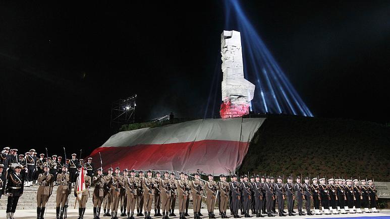 Варшава возмущена Днём народного единства Лукашенко