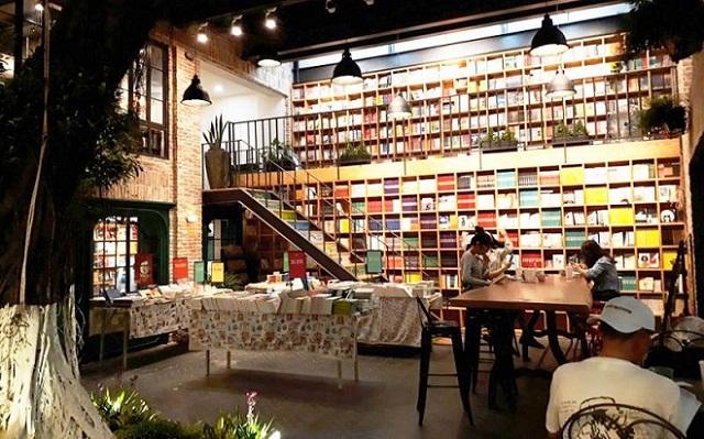 Cà phê sách là điểm đến yêu thích của người mê sách