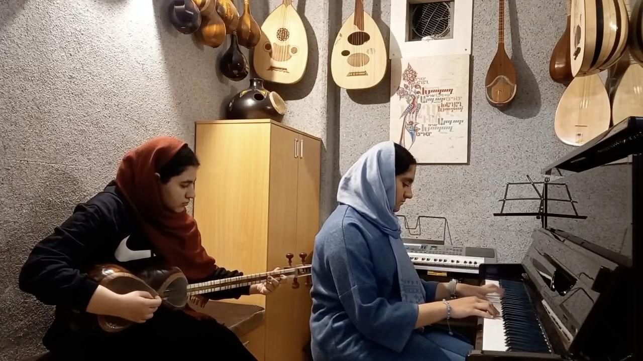 بوسه زمستانی بیژن مرتضوی یگانه اسماعیلیمطلق پیانو آوا منصوری تار
