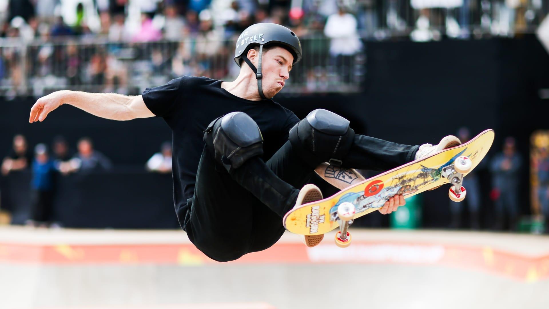 Shaun White: Snowboarder ends skateboard Olympic hopes