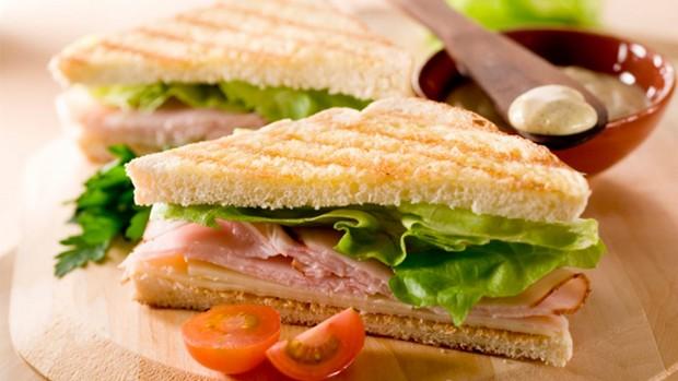 como-fazer-sanduiche-natural-para-vender-na-faculdade.jpg