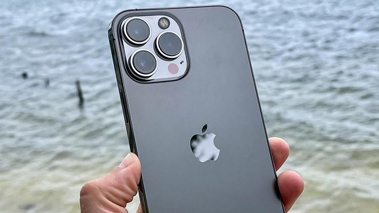 Đánh giá chi tiết iPhone 13 Pro Max