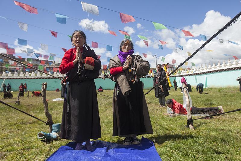 http://religionnews.com/wp-content/uploads/2017/07/webRNS-TIBETAN-PRAYER19-072017.jpg