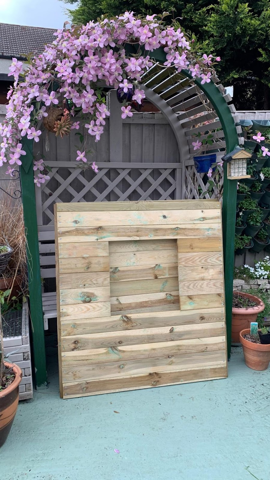 Build the sides of the DIY playhouse