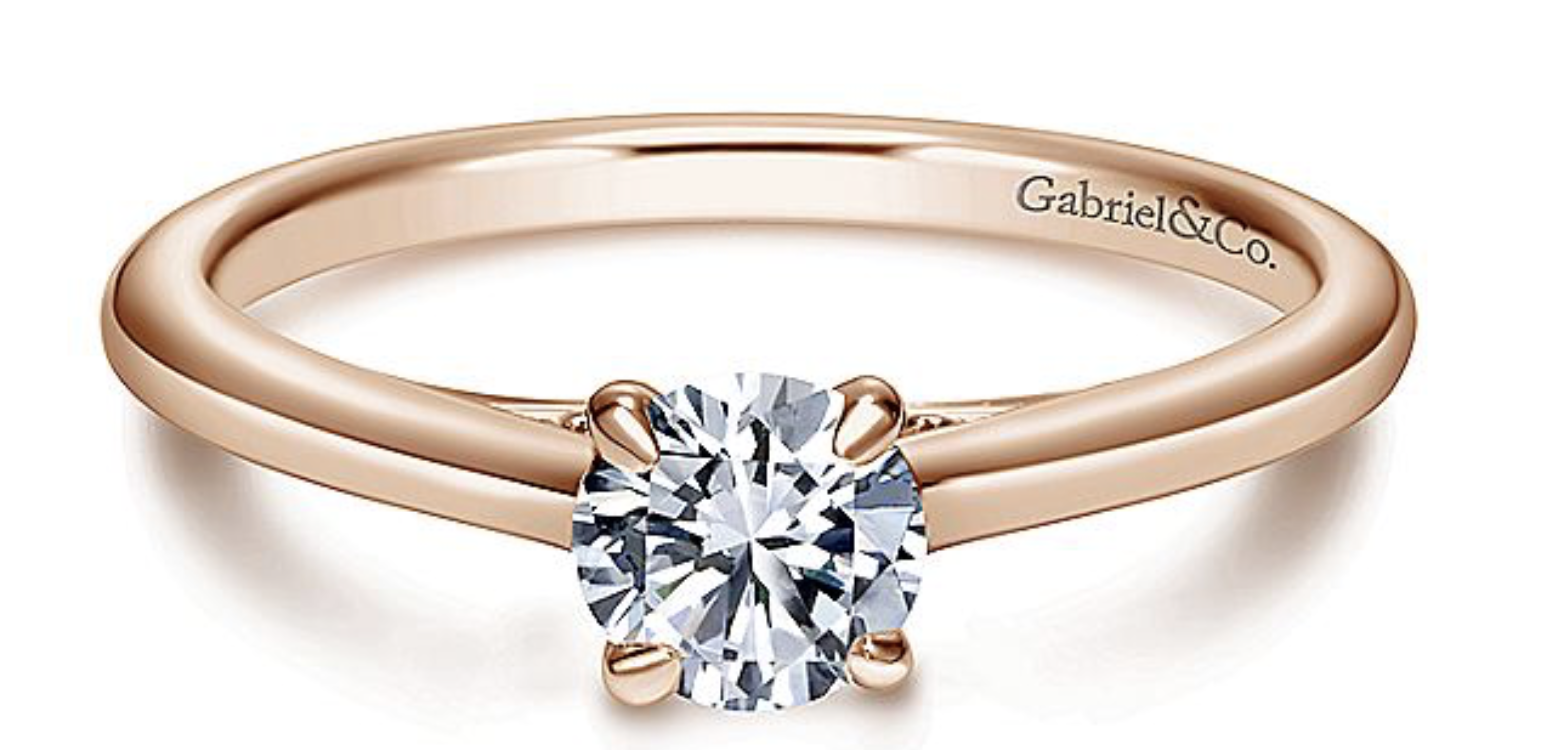 gold round diamond vintage ring