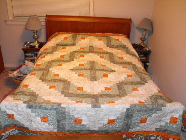 Log Cabin Quilt Pattern Free Queen Size : The Aftercraft: Queen Sized Log Cabin Pattern FREE!!!!