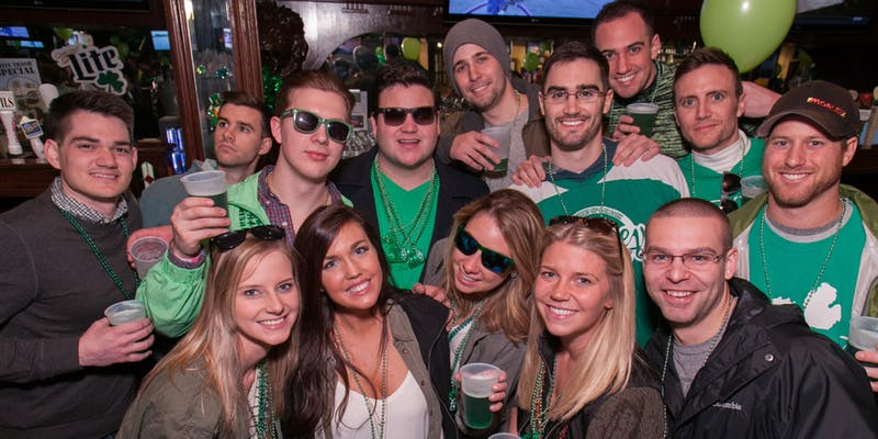 Chicago-St.-Patrick's-Day-Bar-Crawl-The-Flat-Iron