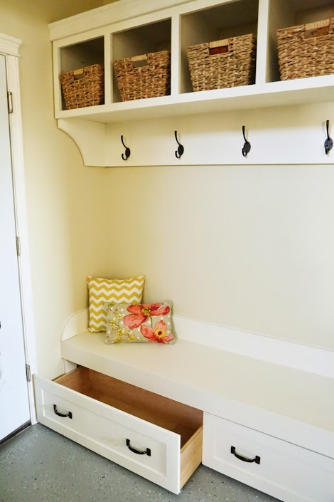 Ana White Under Bench Trundle Drawers Mudroom Diy