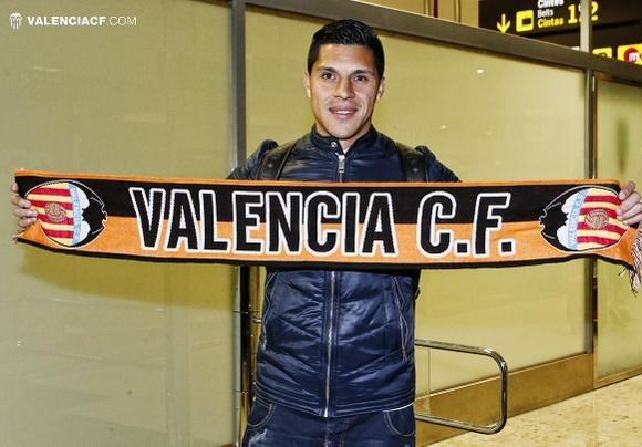 http://s03.s3c.es/imag/_v0/580x404/b/d/8/Enzo-Perez-Valencia-2014.jpg
