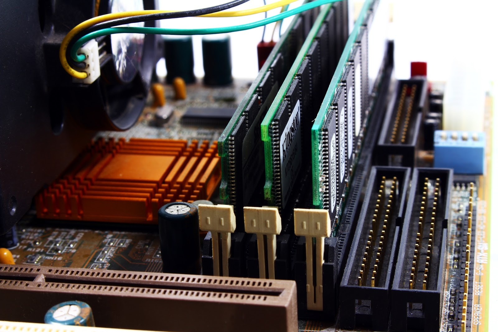 Most common cause of software bugs can be a hardware defects