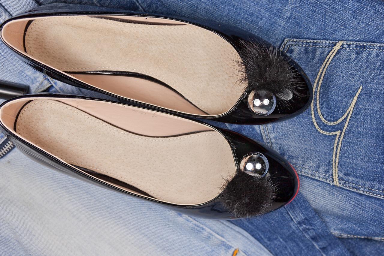 shoes-2269717_1280.jpg