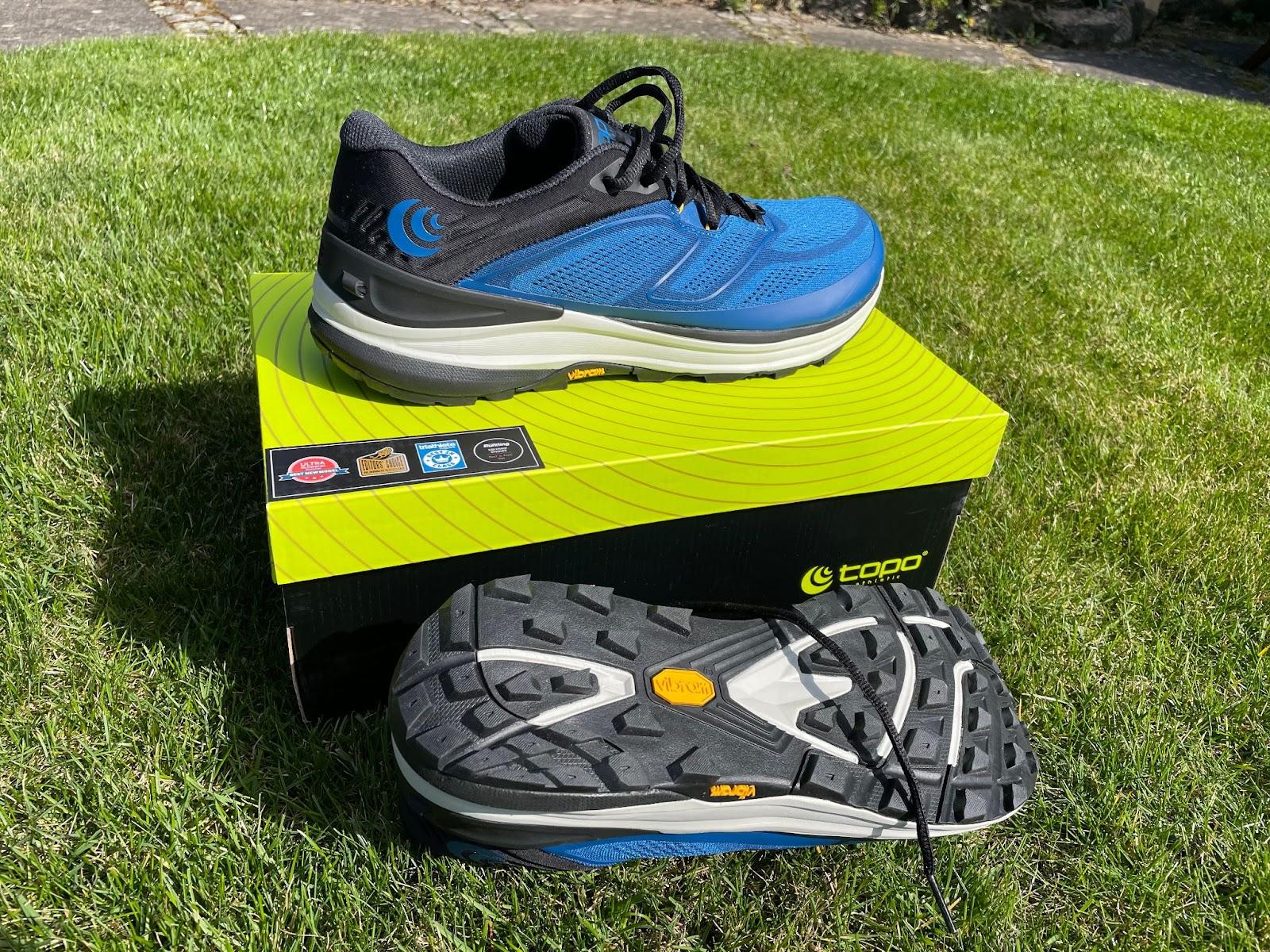 Topo ST-2 Laufschuh ohne Sprengung ideal für Natural Running sehr leichter