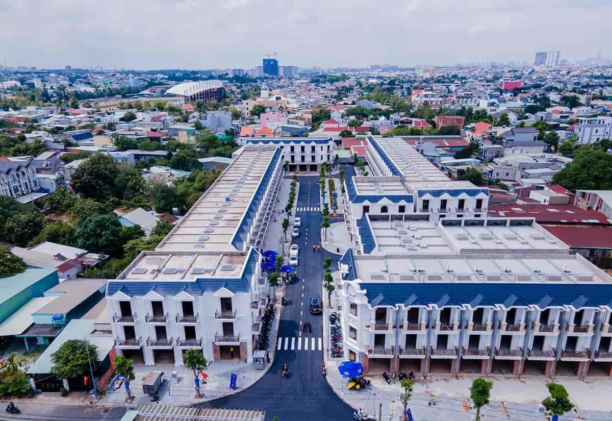 Dự án bao gồm 77 căn nhà phố và shophouse