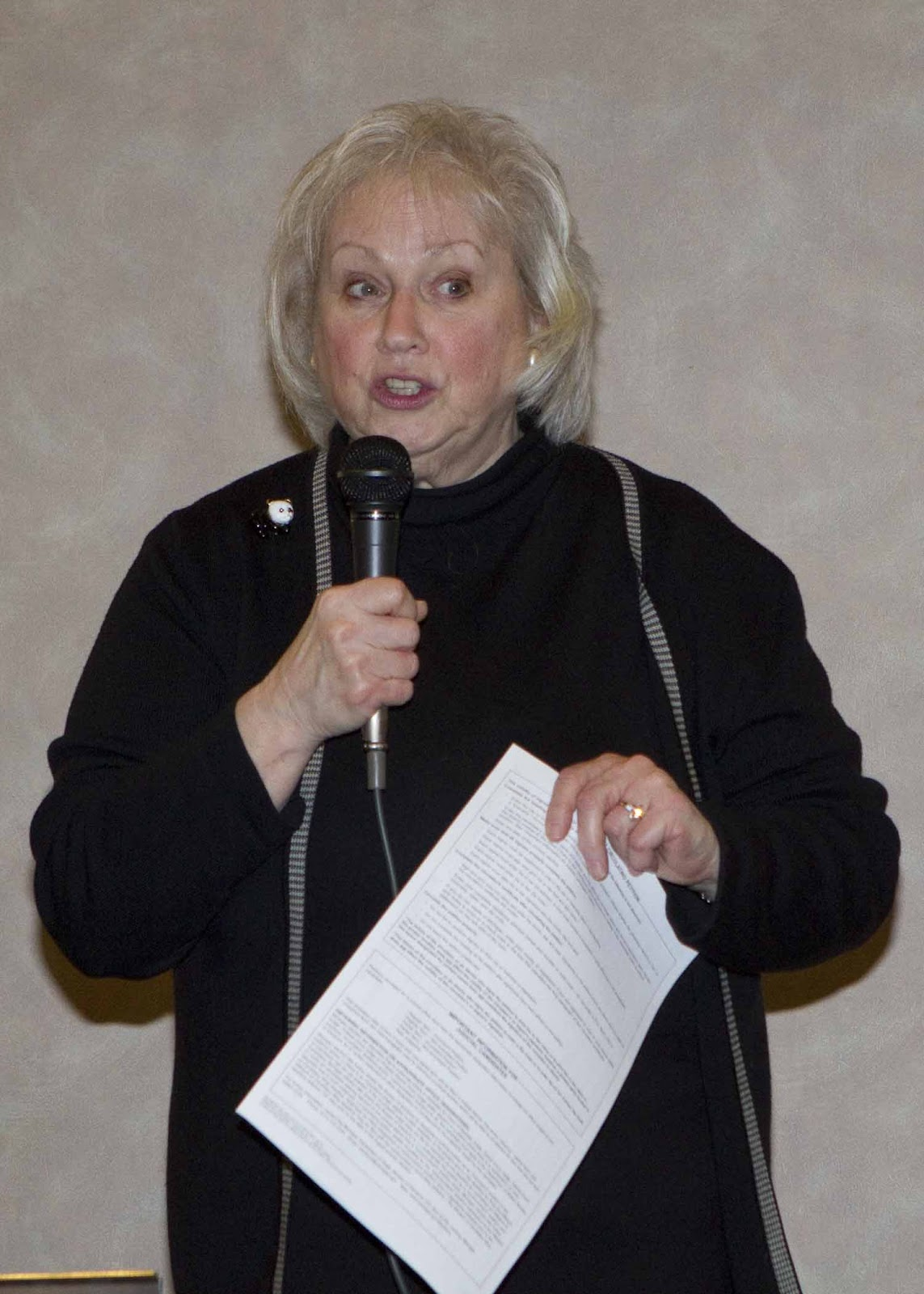 Carol Foster at 14th CD mtg Feb '16.jpg