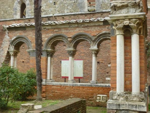 C:\Users\Gonzalo\Desktop\Documentos\Fotografías\La Toscana\103_PANA\P1030103.JPG